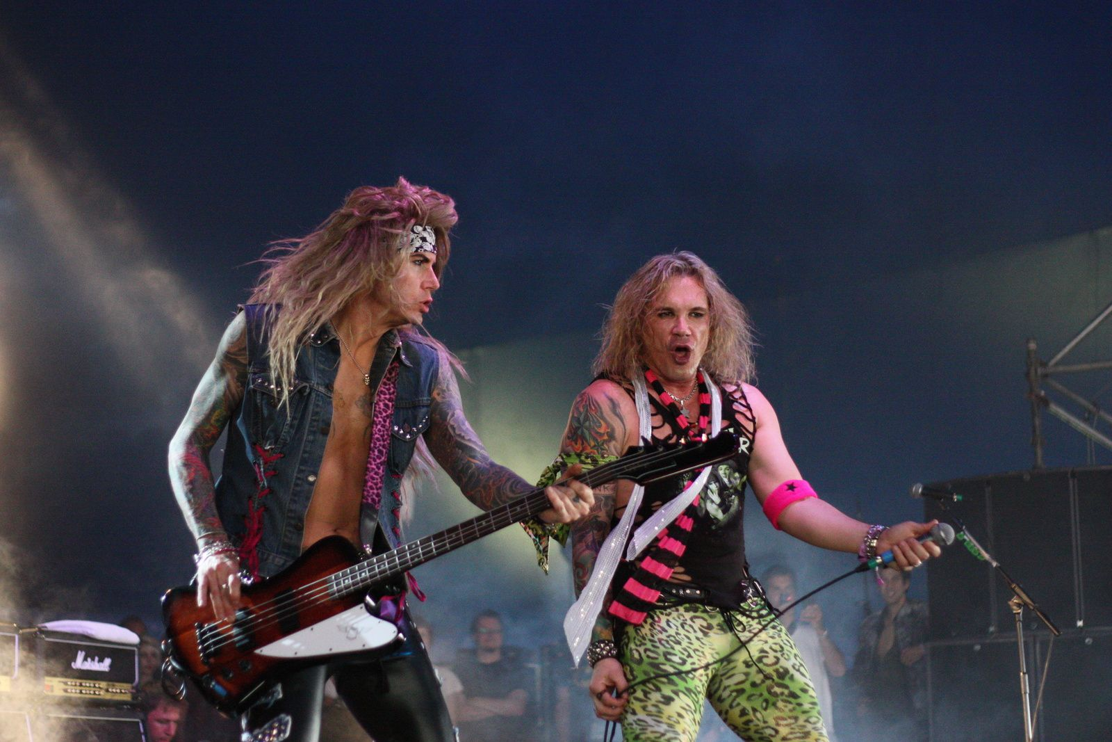 Michael Starr - 2009 - Steel Panther - credit: Glen Folder/flickr