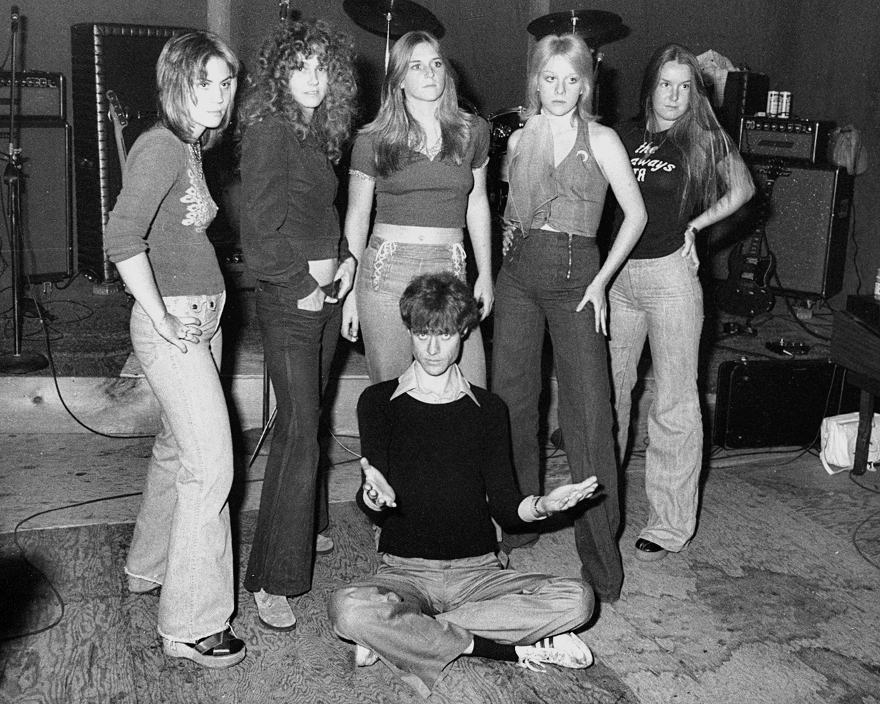 Cherie Currie - November 1975 - The Runaways with Kim Fowley in Los Angeles