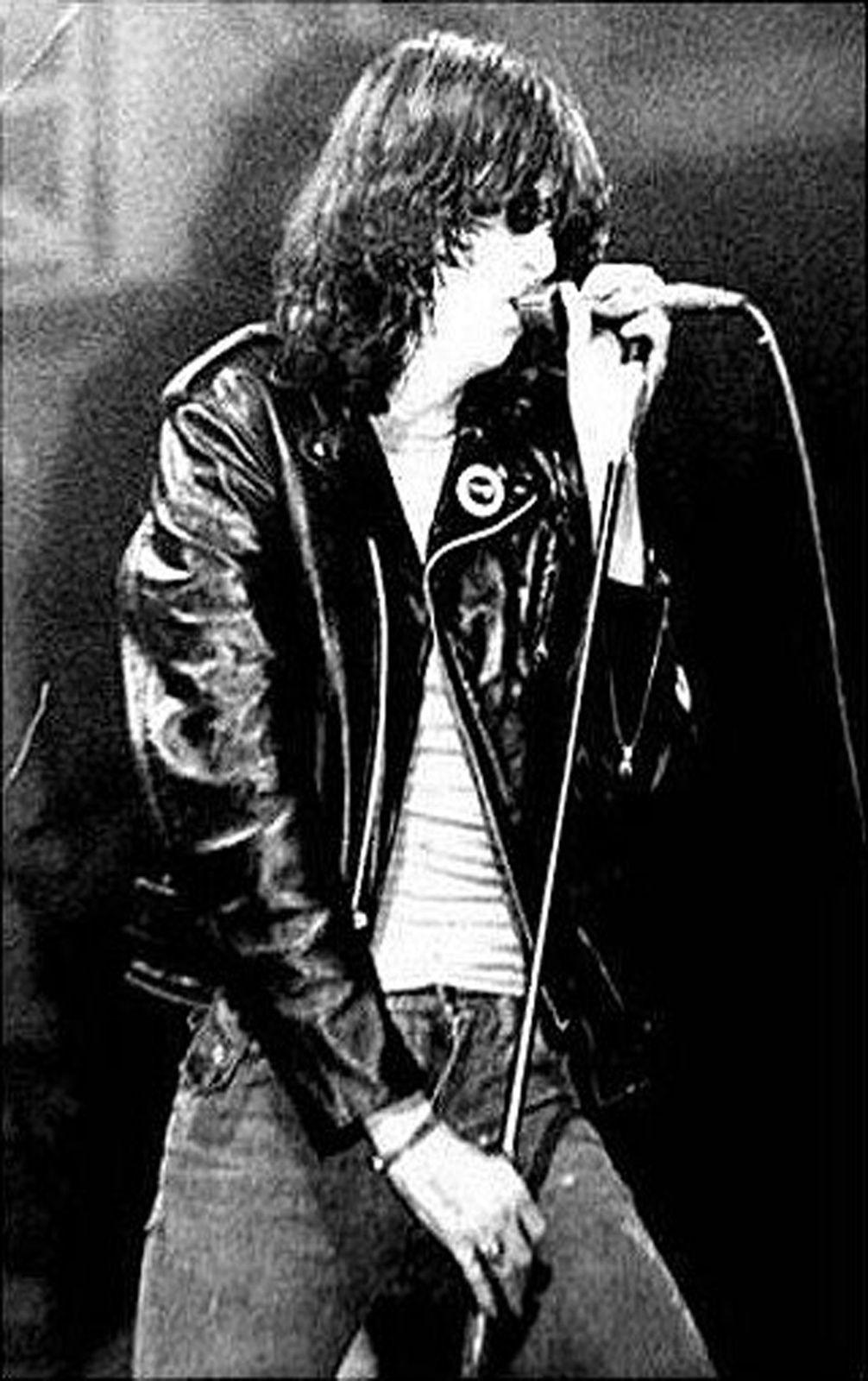 Joey Ramone - photo by Dawkeye