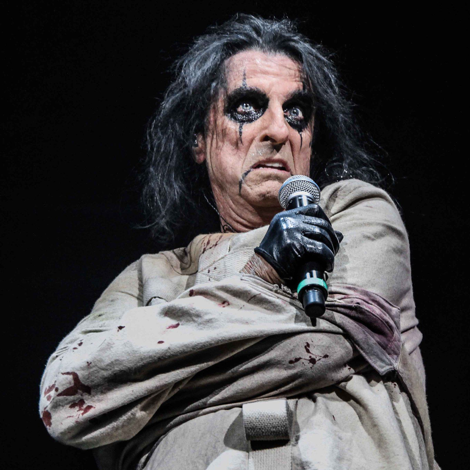 Alice Cooper, CFE Arena October (2013) - credit: Pamela Bendezu