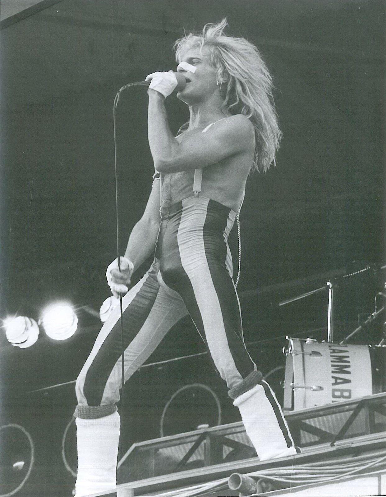 David Lee Roth, 1980 - on stage
