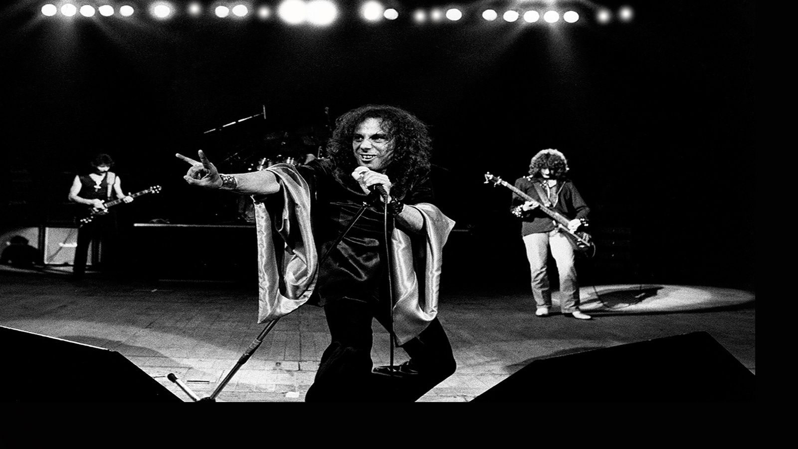 Ronnie James Dio - Black Sabbath on stage