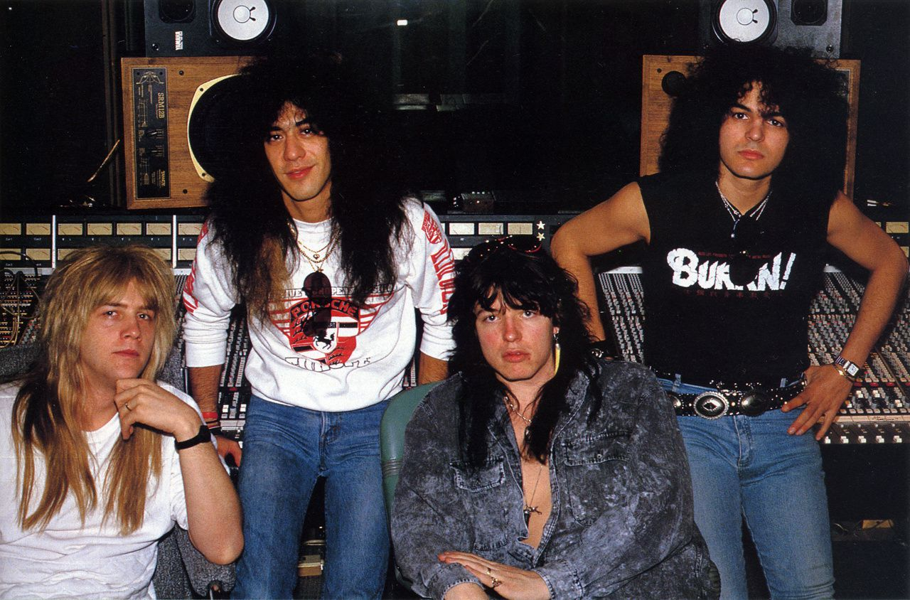 Rock Reviews dirt image: http://img.over-blog-kiwi.com/0/93/85/50/20140808/ob_2fb7a1_tom-keifer-1988-cinderella-long-cold-w.jpg