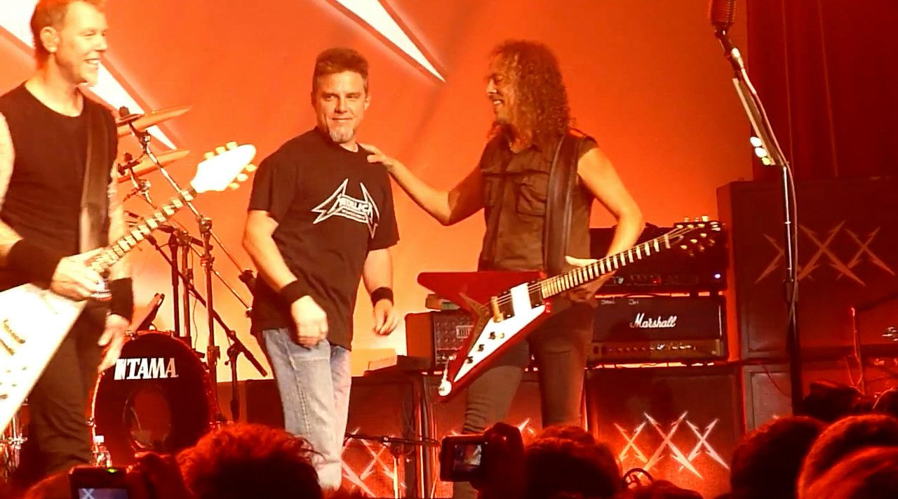 Ron McGovney, James Hetfield once again on stage after 29 years...  and Kirk Hammett! (2011)
