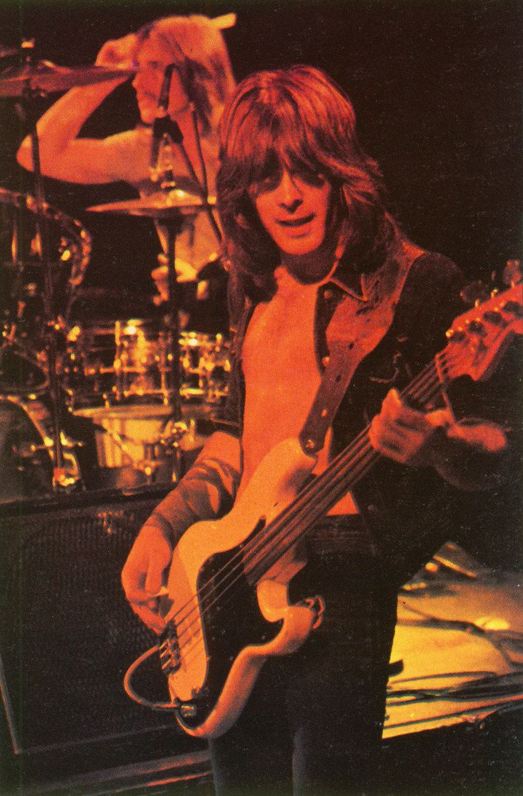 Cliff Williams, AC/DC (1977)