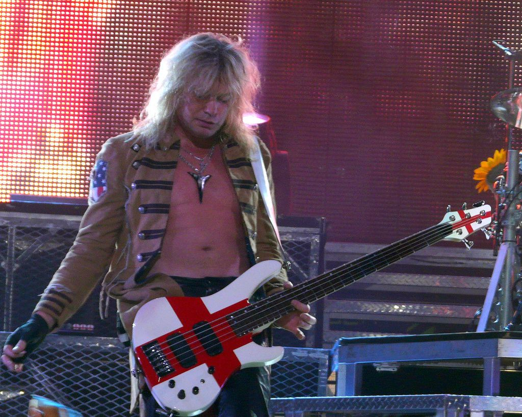 Rick Savage, live with Def Leppard on August 13, 2008