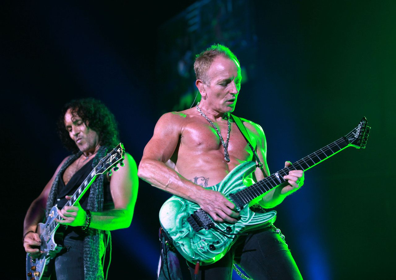 Vivian Campbell and Phil Collen, Def Leppard (2012)