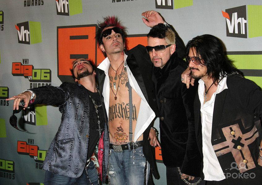 "Lukas Rossi, Tommy Lee, Johnny Colt and Gilby Clarke of ""Supernova"" at the VH1 Big in '06 Awards. (Los Angeles, CA) - Photo by: NPX/starmaxinc.com"