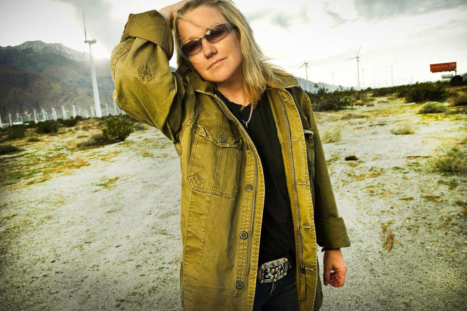 Vicki Blue, Victory Tischler-Blue (2009)