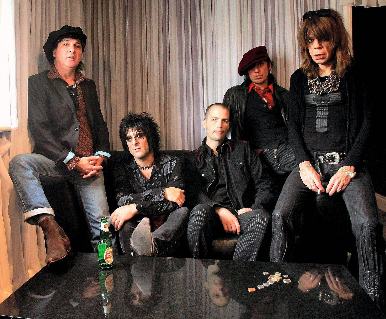 Sylvain Sylvainand the new New York Dolls