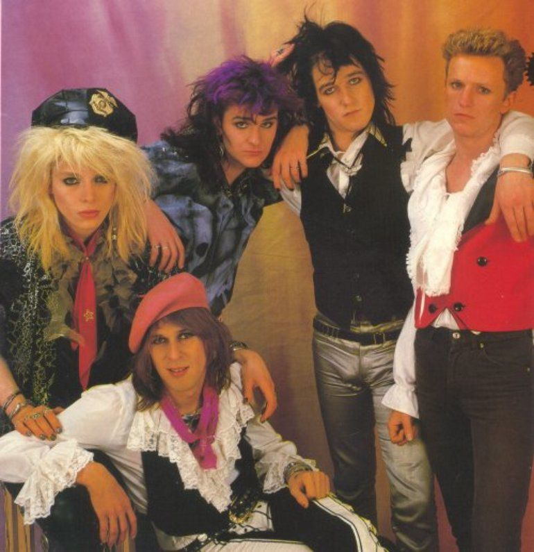 Left to right, Michael Monroe, Andy McCoy, Rene Berg, Nasty Suicide and Terry Chimes (Hanoi Rocks, 1985)