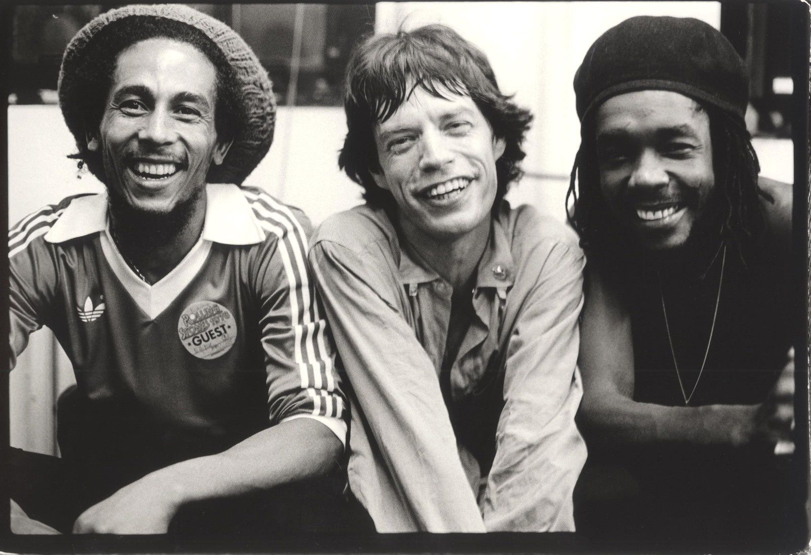 Bob Marley , Mick Jagger and Peter Tosh backstage at the Palladium Theatre - New York 1978