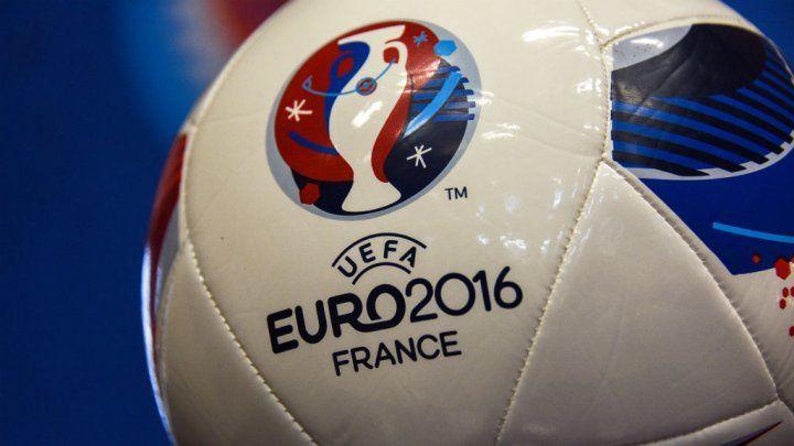 Entre le thème de l'EAU et l'EURO...