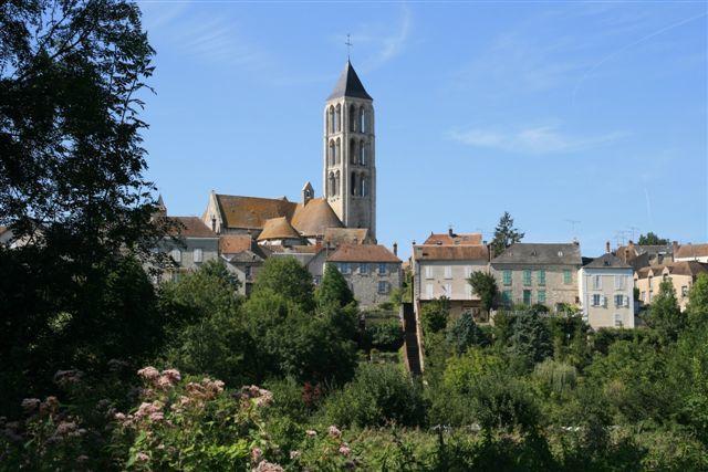Le clocher ajouré de l'église Notre Dame de Château Landon