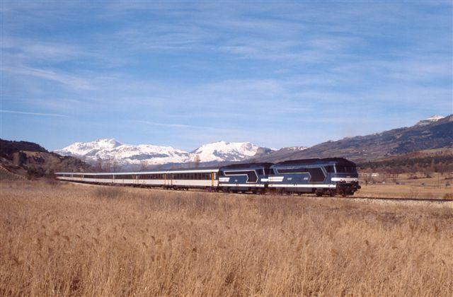 Près de Chorges, le train n°53589 Marseille - Briancon (5 mars 1994)