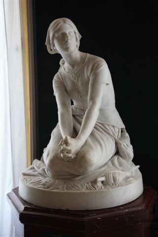 Jeanne d'Arc écoutant ses voix par Chapu (1873)