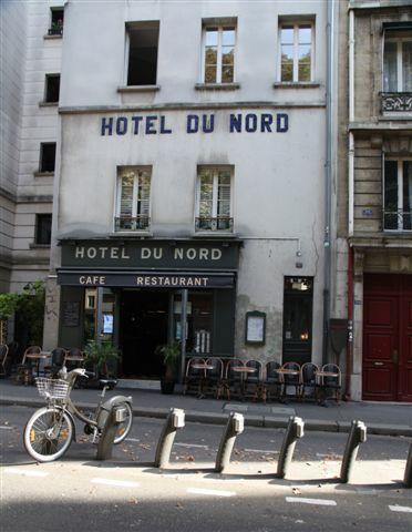 Balade à pied ou en vélo le long des canaux Saint-Martin et de l'Ourcq à Paris