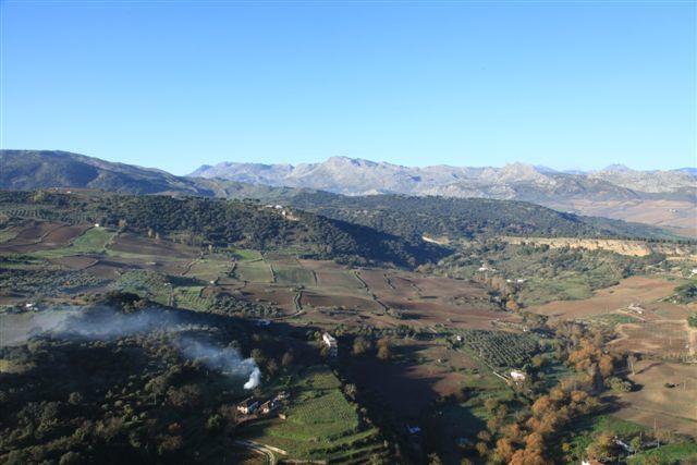 Ronda : panorama depuis les jardins Alamada del Tayo