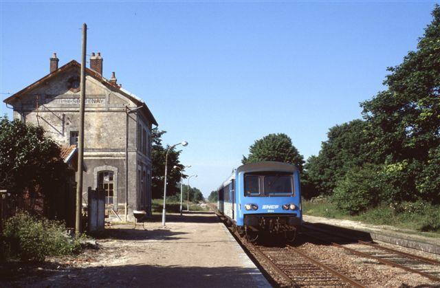 Autorail X 4334 à Bouilly Roncenay