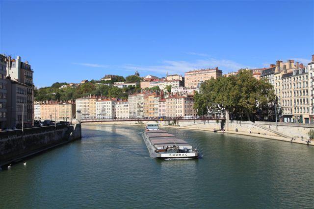 La Saône et le quartier de Croix Rousse vus depuis le pont La Feuillée