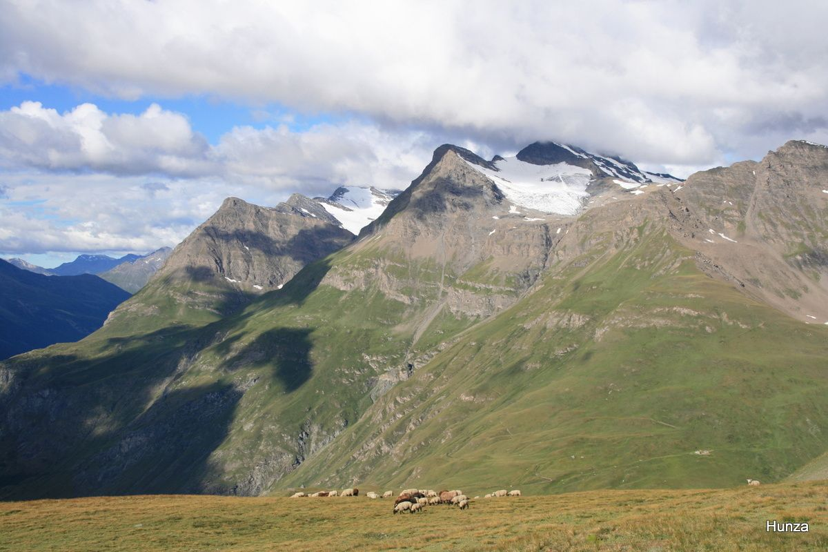 Plan des Arses : pointe de la Met (3 041 m)