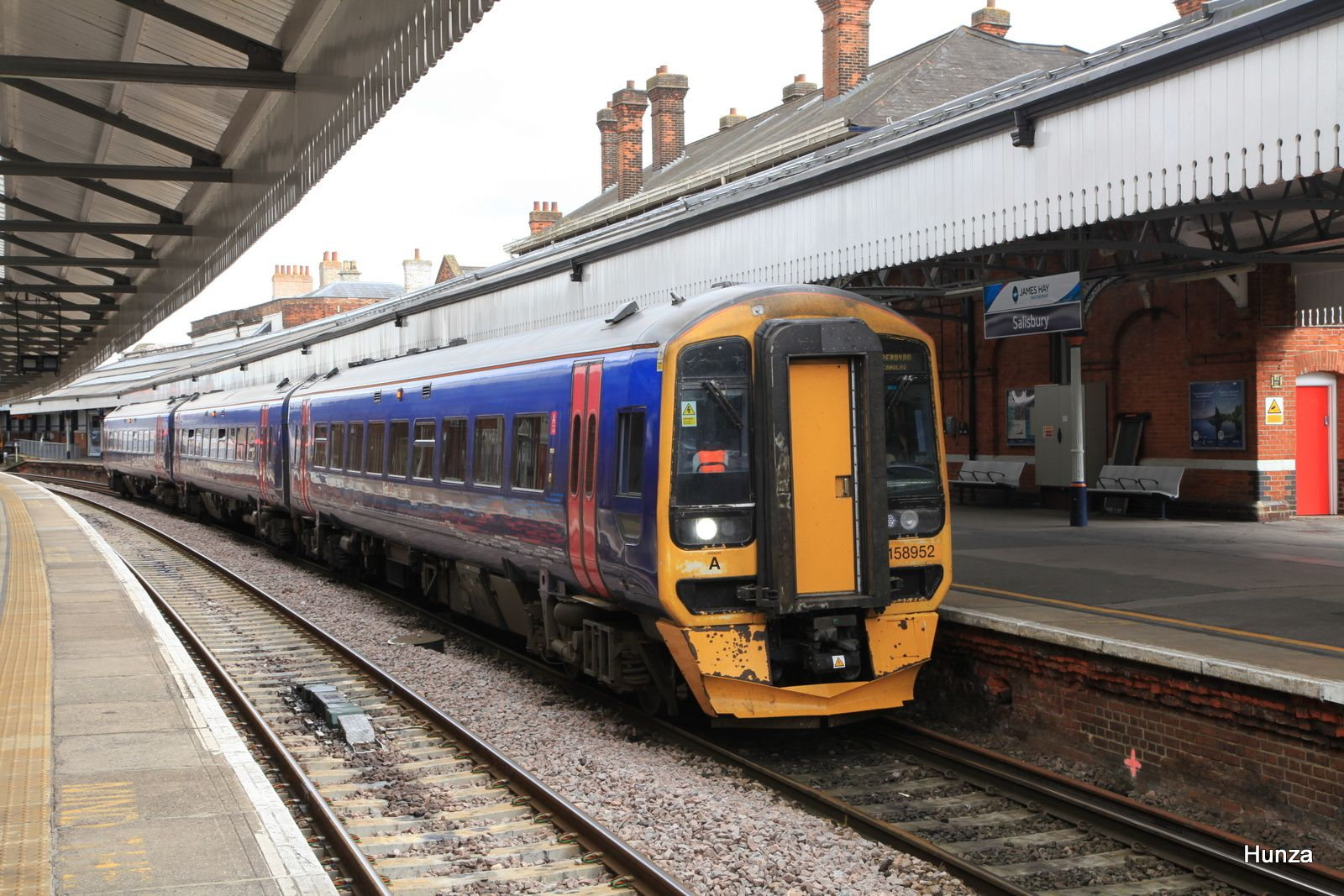 Salisbury : class 158/9 n°158 952 de la First Great Western
