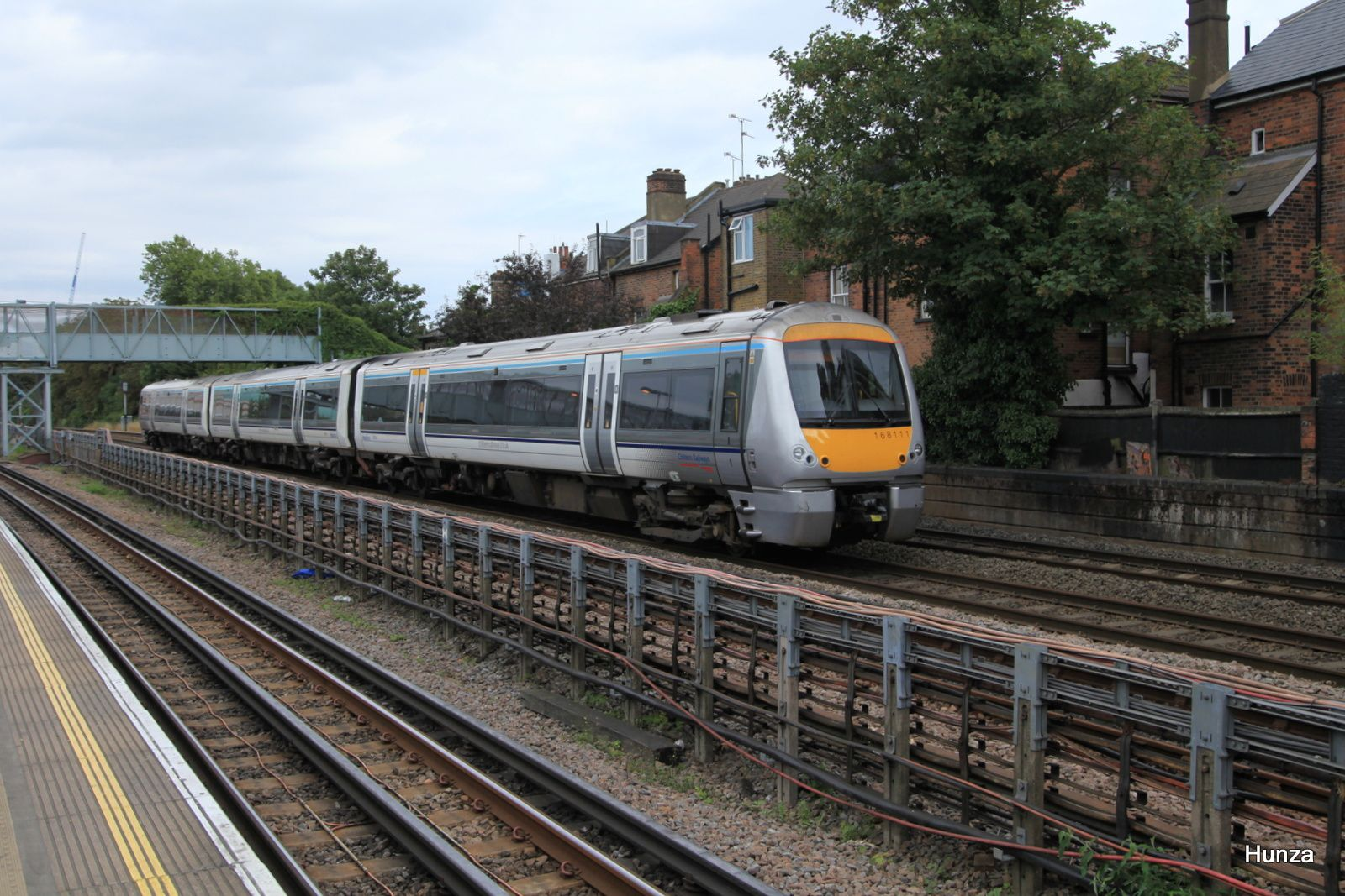 West Hampstead Station : passage d'une class 168/1 n°168 111