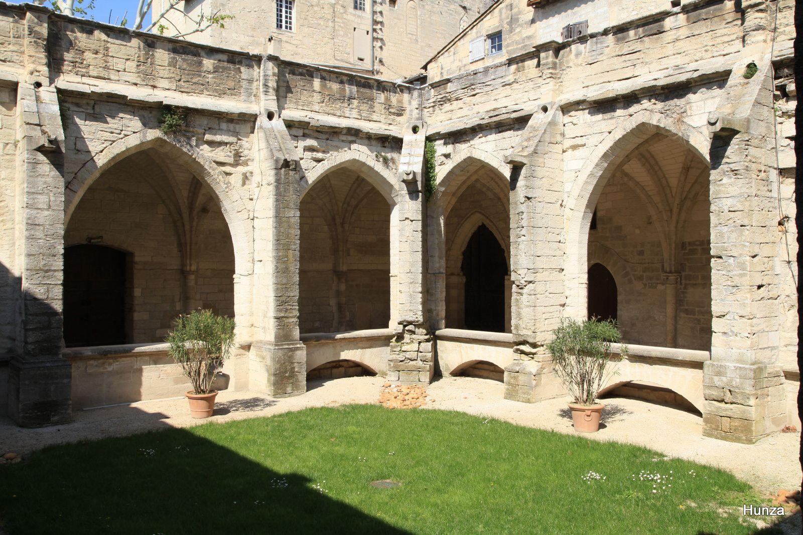 Patrimoine religieux en France : les cloîtres