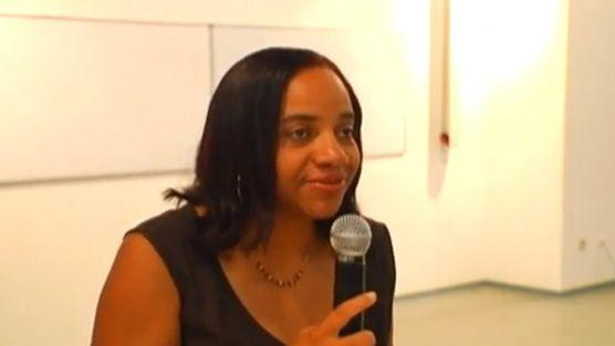 Soutenez Corinne MENCÉ-CASTER dans son combat pour sauver l'Université des Antilles