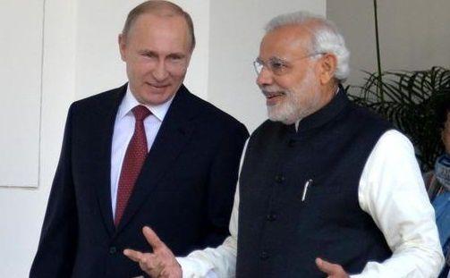 M. Poutine et Le ministre de la Défense indien Manohar Parrikar