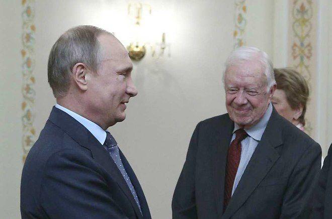 Syrie: Jimmy Carter a aidé Poutine à viser les positions de l'Etat islamique