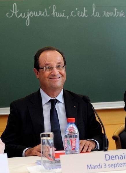 """1 et 2 ) Hollande ie notre Gollum """"national"""". 3 ) bay lè...du sud-ouest, ou l'art des combinaisons. réparation d'un oubli. Voir plus bas les autres photos."""