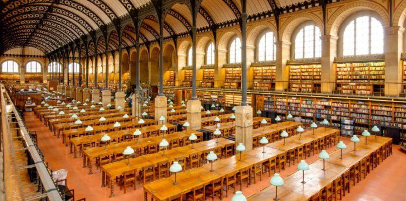 4 ) La bibliothèque de Tombouchtou. 5 ) La bibliothèque Saint Gèneviève à Paris.