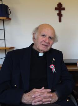( I ) ISLAMISATION SUICIDE FRANCAIS - Père BOULAD, Directeur de CARITAS EGYPTE : &quot&#x3B;Si jamais il n'y a pas un changement en profondeur en France avec les prochaines élections, nous allons vers une guerre civile&quot&#x3B;