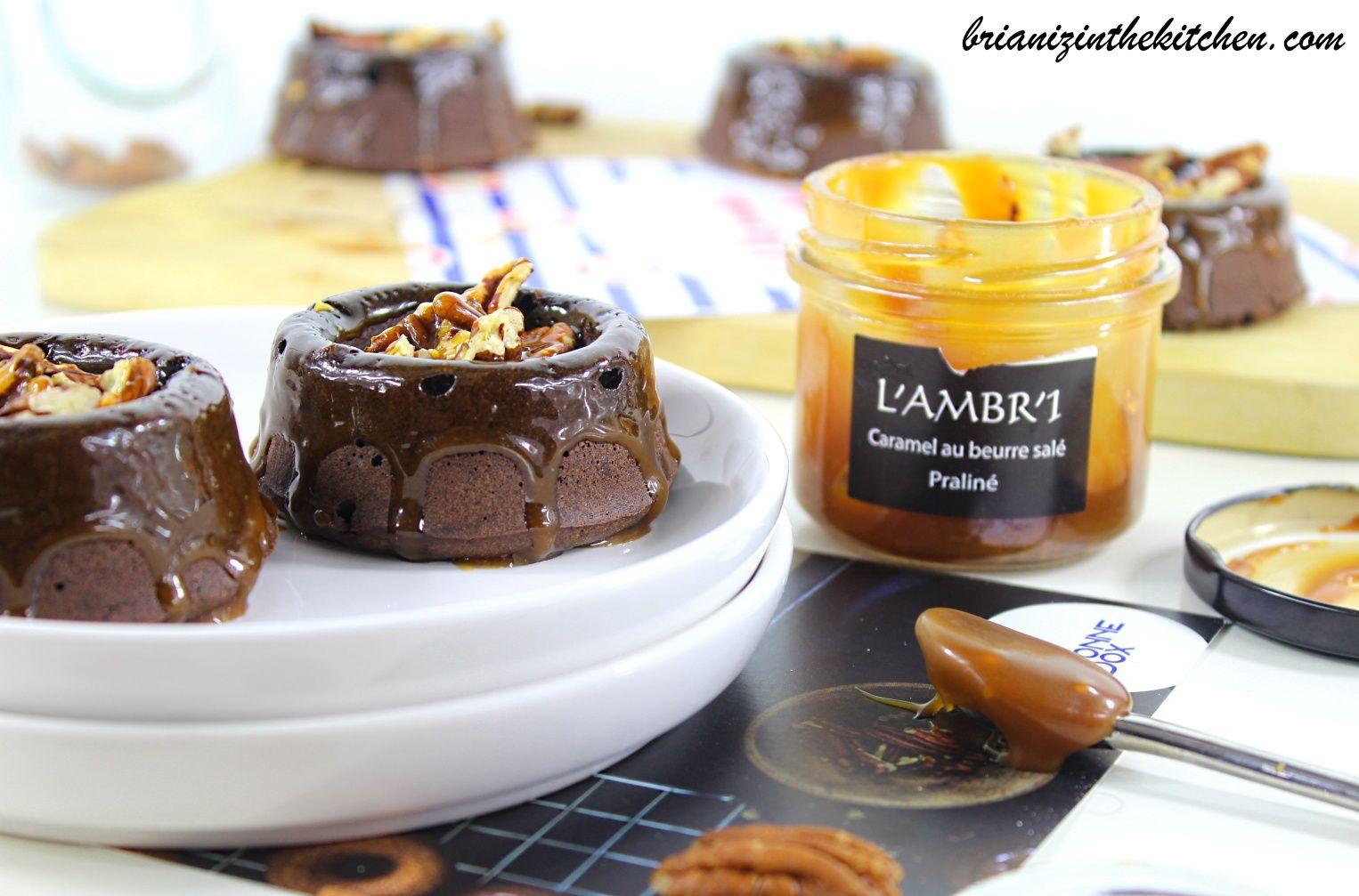 Nids au Chocolat, Nappage au Caramel au Beurre Salé &amp&#x3B; Noix de Pécan Torréfiées