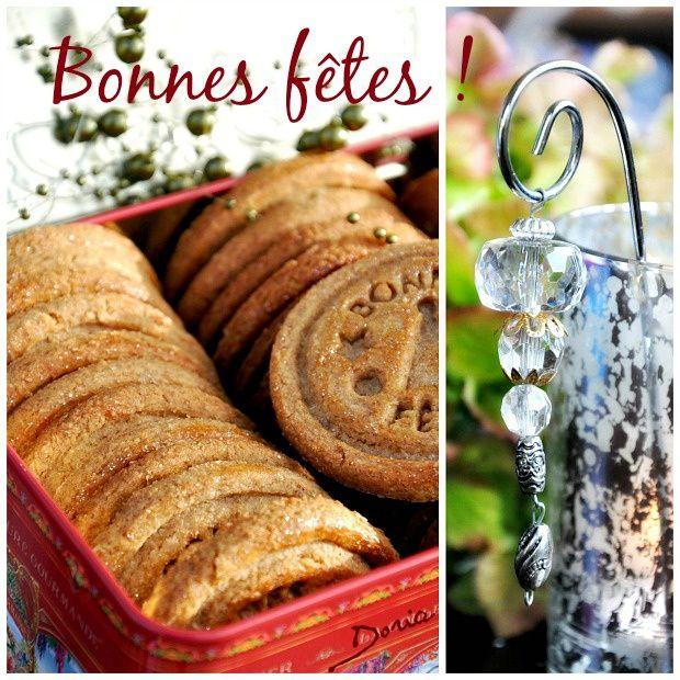Biscuits &quot&#x3B;Bonnes fêtes&quot&#x3B; à la crème de caramel au beurre salé