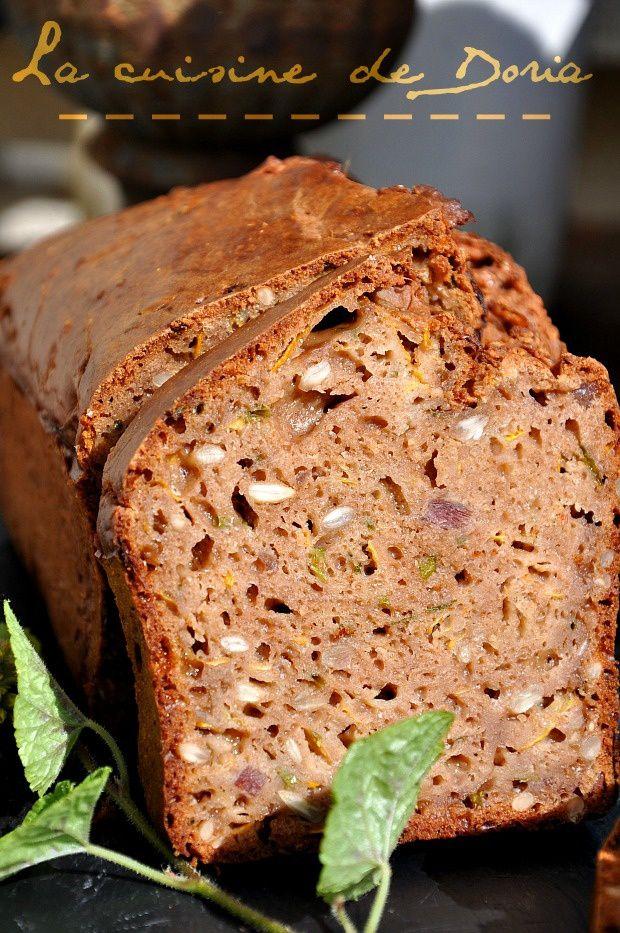 Cake aux lardons, parmesan, son d'avoine, courgette et farine de châtaigne