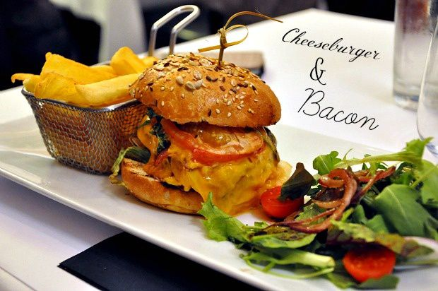 "Strasbourg 2015 (22)... Restaurant ""Piano Grill"""