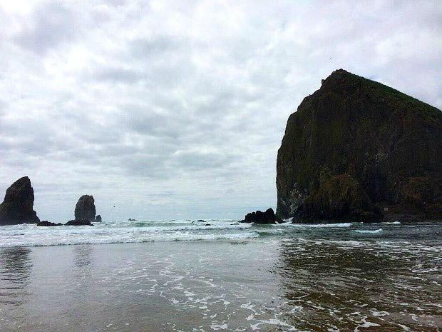 Alexie aux USA... (44) Cannon Beach dans l'Oregon, plage des Goonies