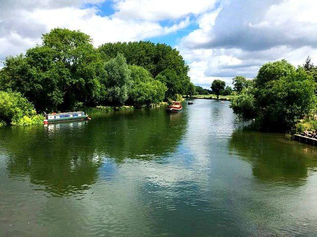Les voyages de Caroline... Angleterre, Sonning Village