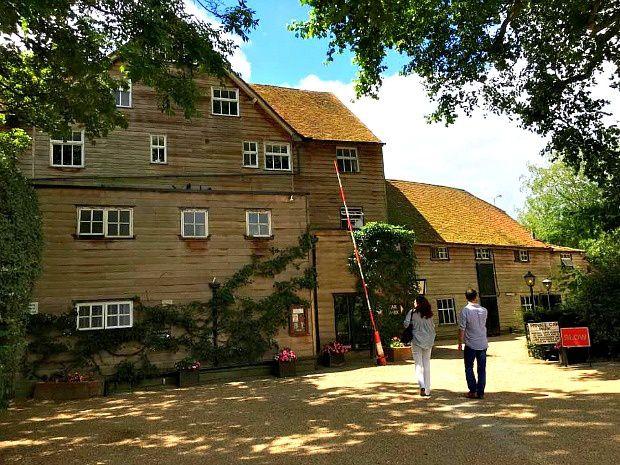 Les voyages de Caroline... Angleterre, Théâtre de Sonning dans le Comté d'Oxfordshire