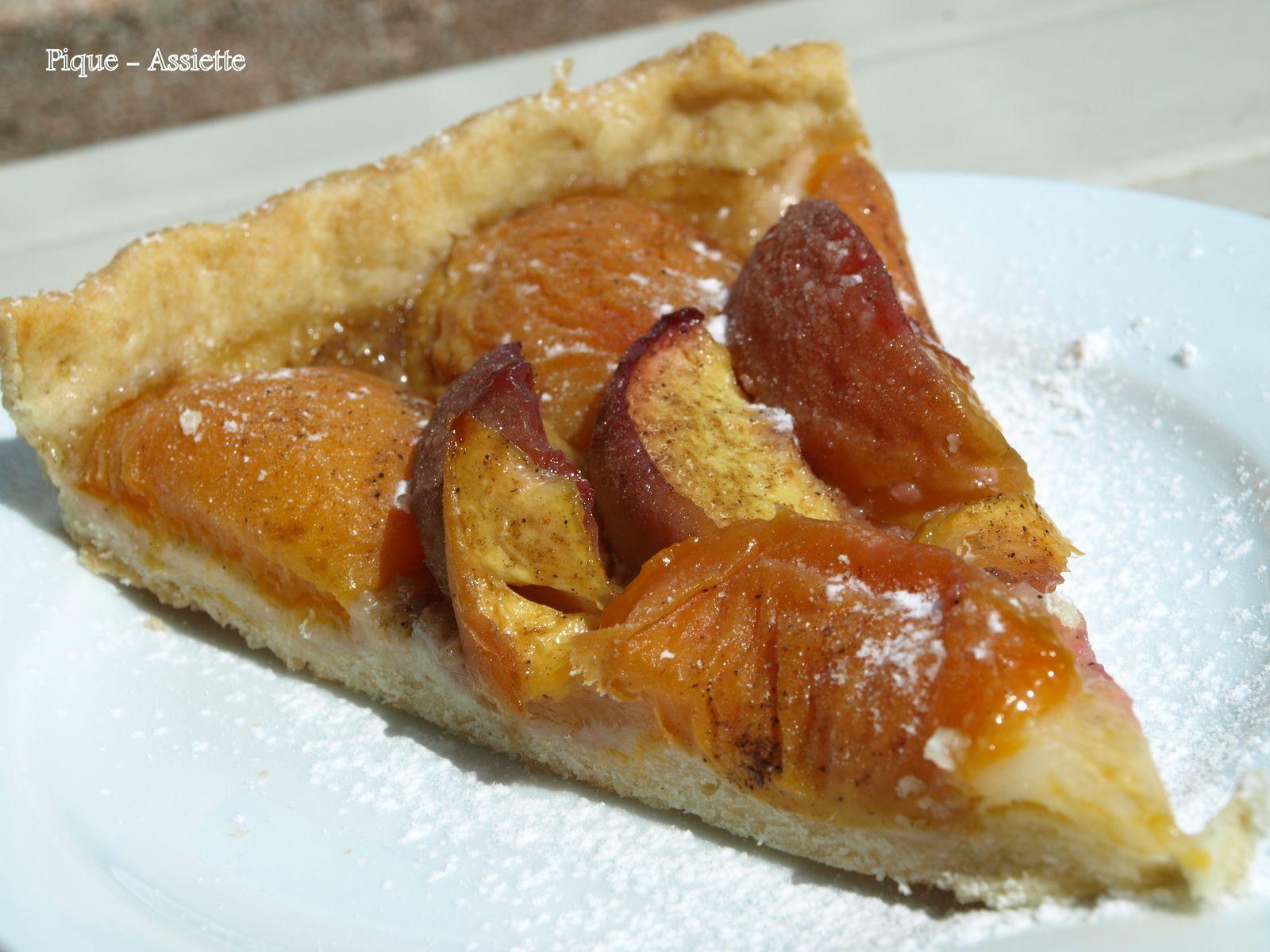 Tarte aux fruits d'été (abricots &amp&#x3B; nectarines).
