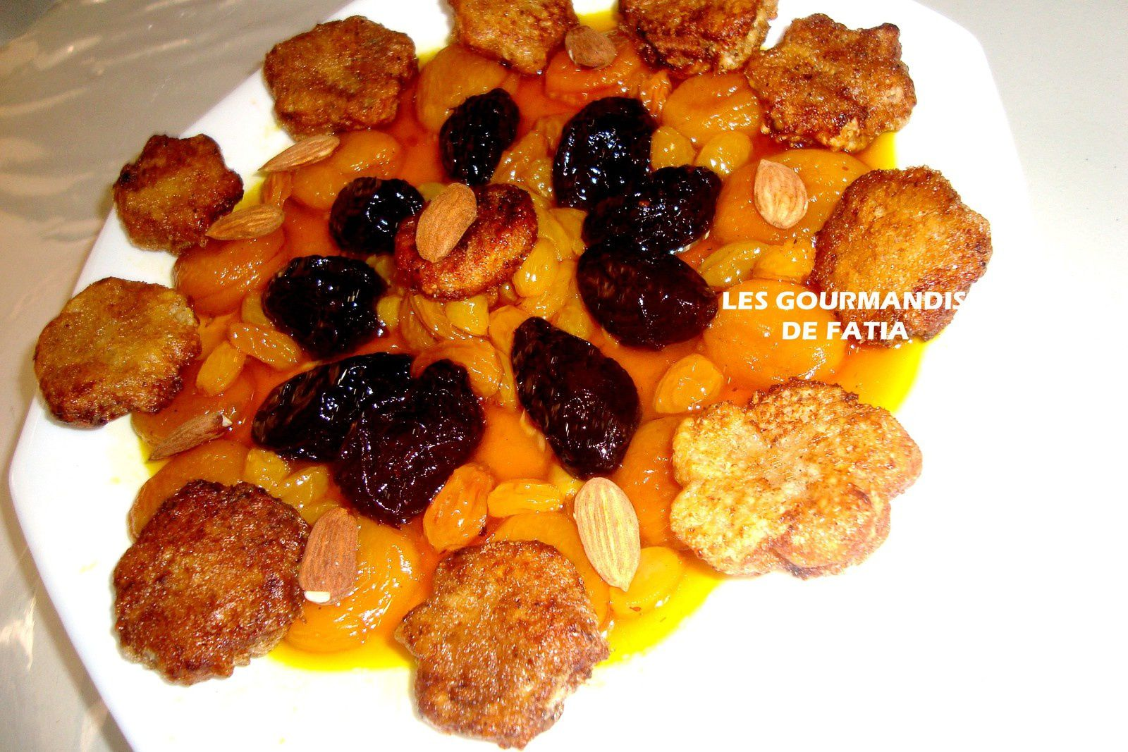 Chbah Essafra ou  Beignets de pâte d'amande