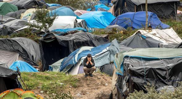 Sarkozy à Calais: la provocation!