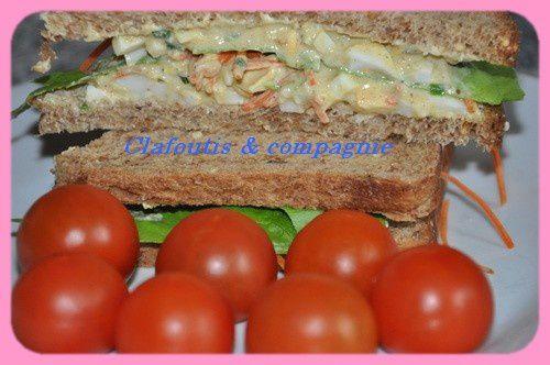 Sandwich à la salade aux oeufs