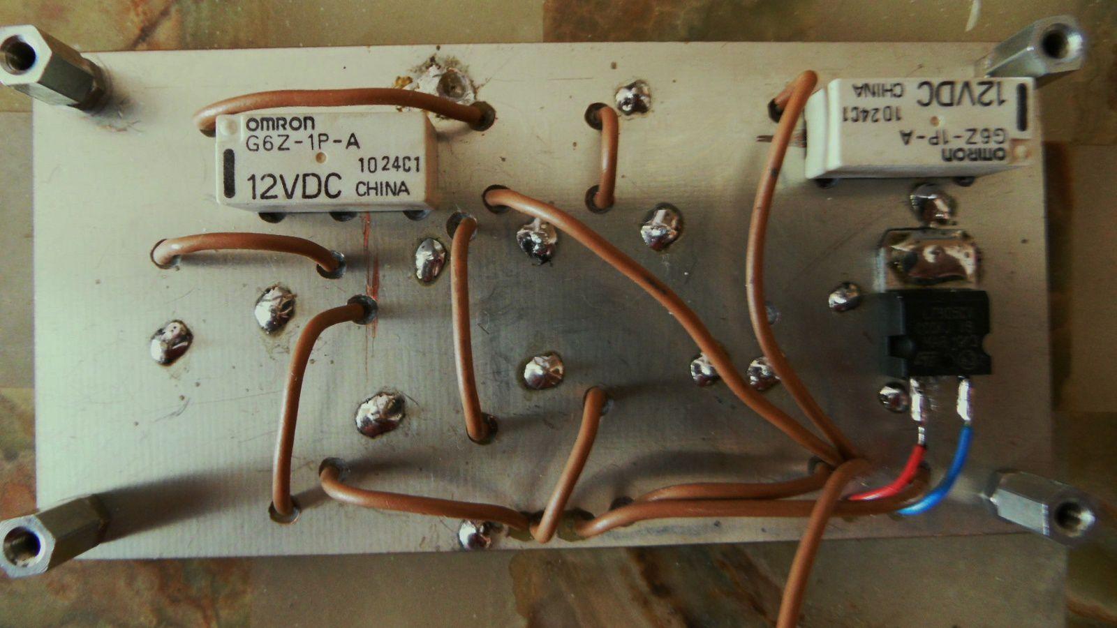 Des vias de masse ont été ajoutés (circuit non soudé au boitier)
