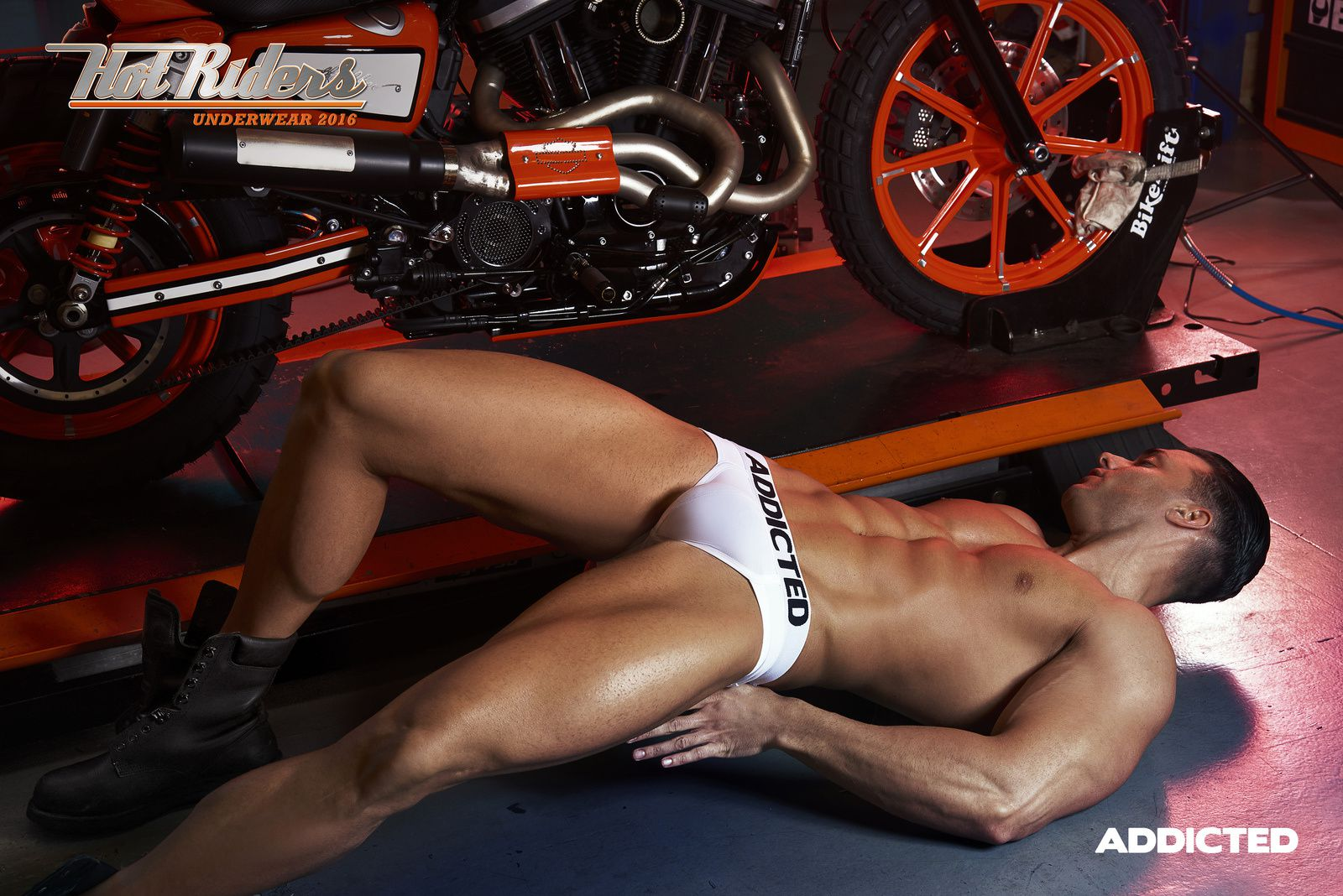 Addicted : HOT RIDERS 2016