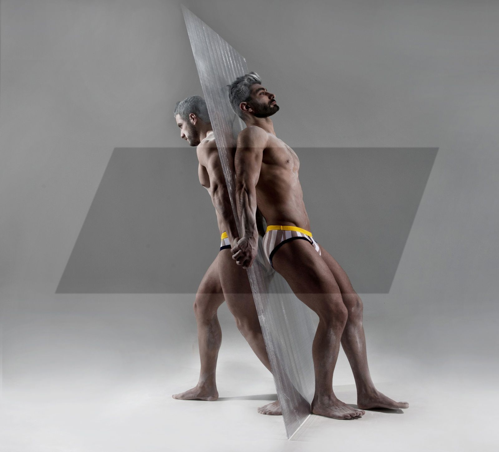 Modus Vivendi Striped Edition Flash Line S.S.2016 Campaign