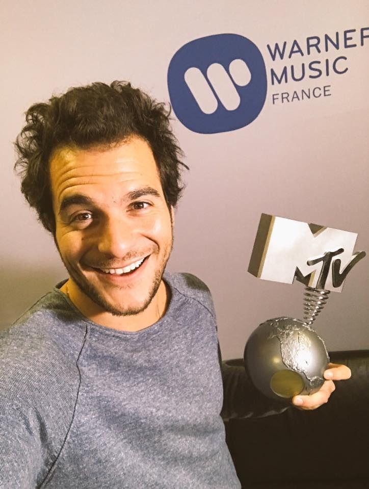 Amir - MTV Europe Music Awards : Meilleur Artiste Français..