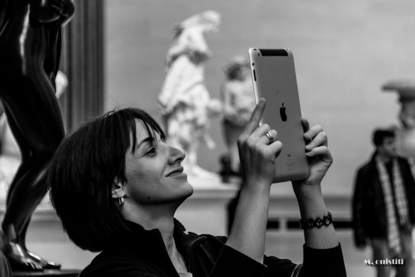 Arrêtez avec vos *^§%'# de tablettes à la *$#-!!! (Photo prise au Metropolitan Museum of Art au fait, et R.I.P la p*tasse à la tablette, je l'ai assassinée à coup de monopode que je me suis efforcé de ne pas utiliser pour ne gêner personne groumpf !)   (=^-^=) /